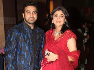bollywood-shilpa-shetty-gives-birth-baby-boy