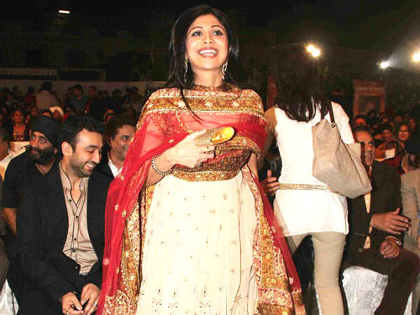 bollywood-shilpa-shetty-baby-boy-suggest-name