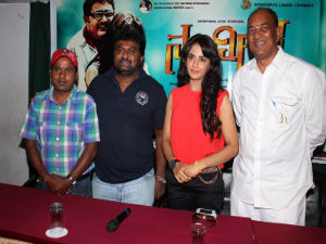 Prefer to act in story based movies, Parul Yadav