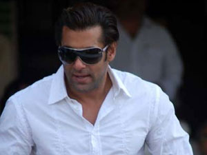 I think about not getting married: Salman Khan