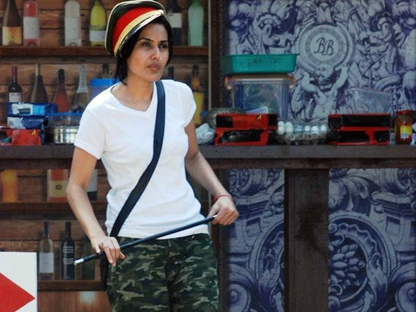 Kamya Punjabi Gets Eliminated By Salman Khan From Bigg Boss 7