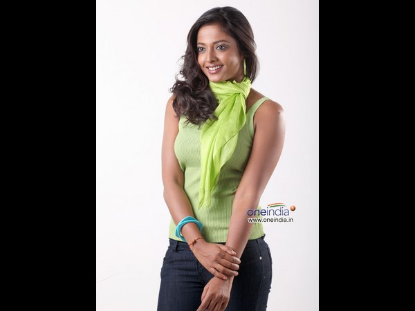 An interview with Best Actress Niveditha 20133