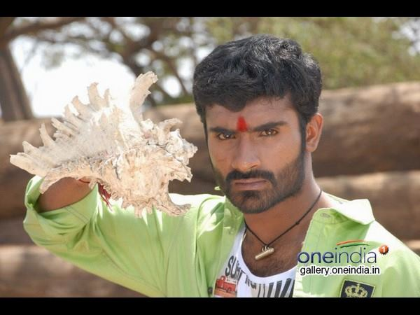 Loose Mada Yogesh is all set to enter Kollywood