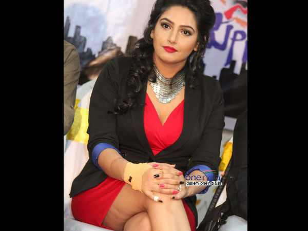 Ragini Dwivedi is now Sandalwood Mass Queen