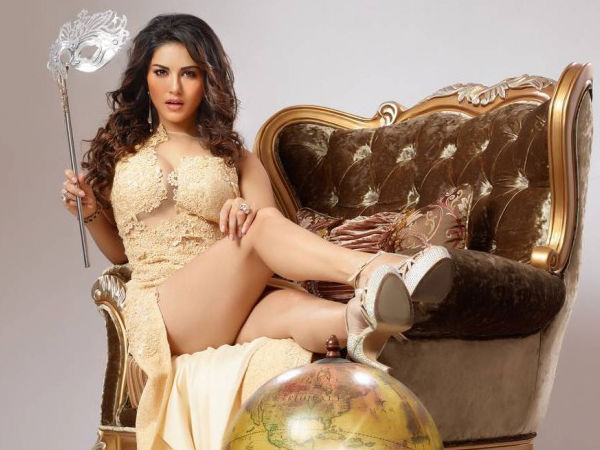 Obscenity case filed against Sunny Leone by Mumbai housewife