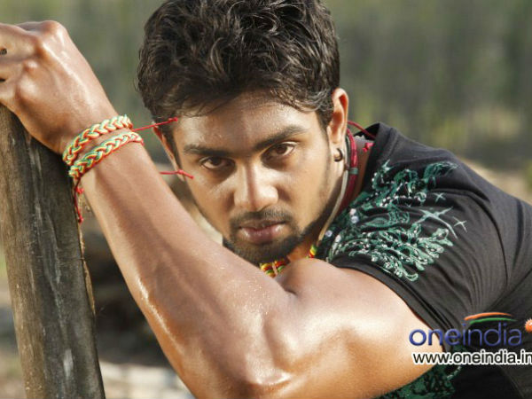 Dhruva Sarja to become dialogue king in Bharjari