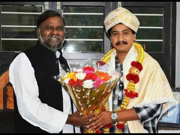 CM Siddaramaiah felicitates National Award winner Sanchari Vijay
