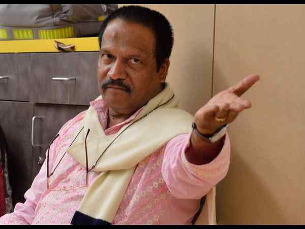 Director T.S.Nagabharana returns back from California after directing Kannada play