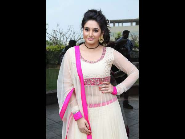 Ragini Dwivedi wants to act in Thulu Movies