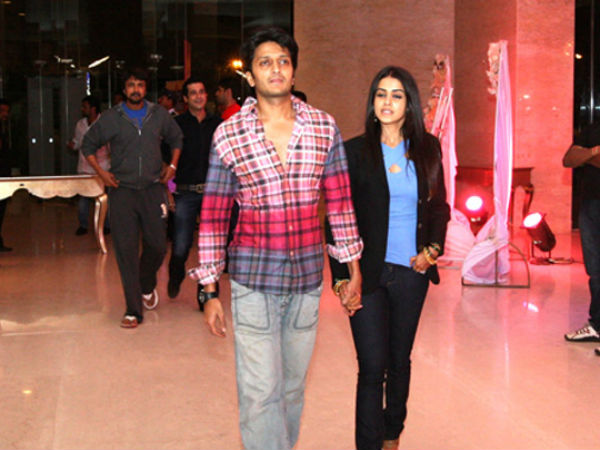 Bangkok: Genelia D'Souza and Riteish escape bomb blast