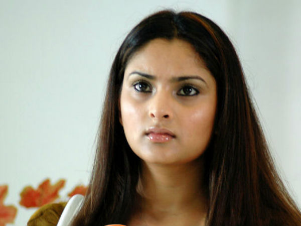 Sandalwood queen Ramya set to enter small screen