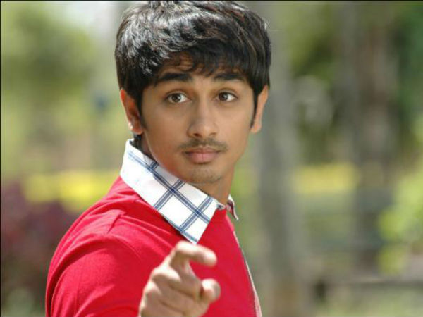 Chennai rains: actor siddharth forced to leave house to make pick ups and drop arround the city