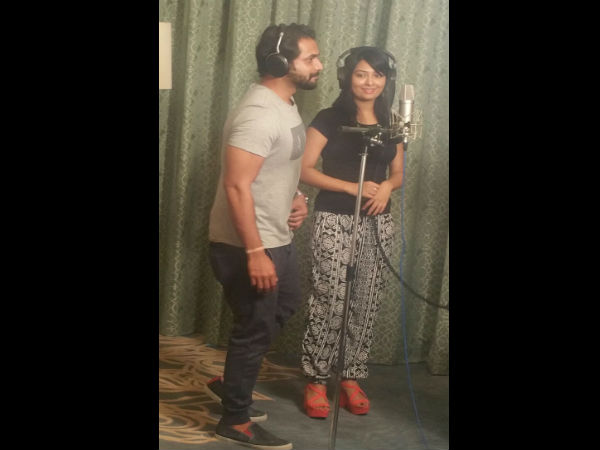 radhika-pandit-and-sri-murali-croons-for-kannada-movie-zoom