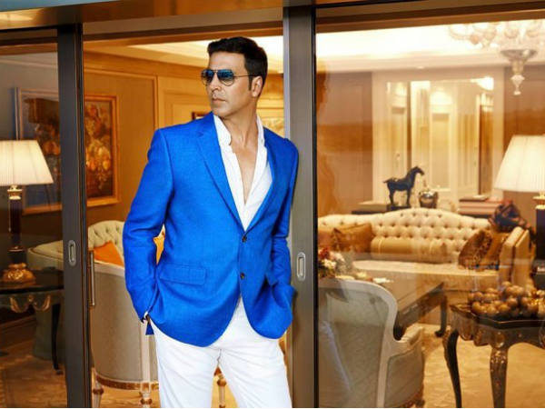 Hindi Actor Akshay Kumar reduce his endorsement fee