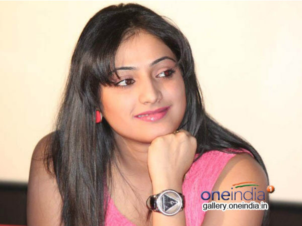 Kannada Actress Haripriya Email Account Hacked