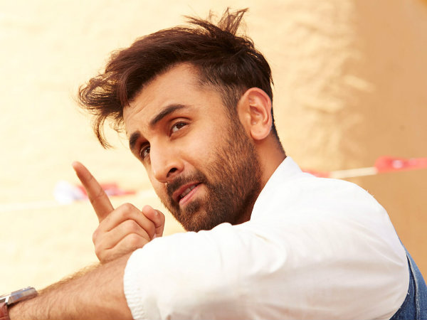 Bollywood Actor Ranbir Kapoor to move in his new house on October