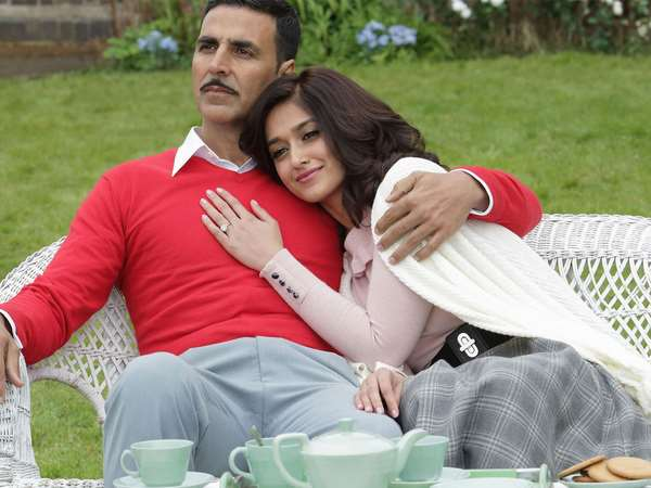 Hindi Movie 'Rustom' 2nd week Box Office Collection Report