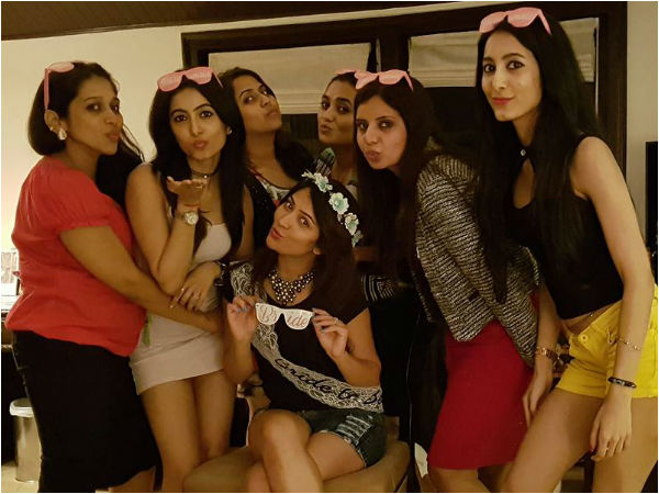 Kannada Actress Radhika pandit's Last Bachelorette party
