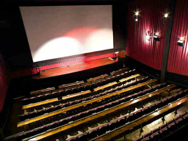 Movie theaters on verge of shutting down at coastal side