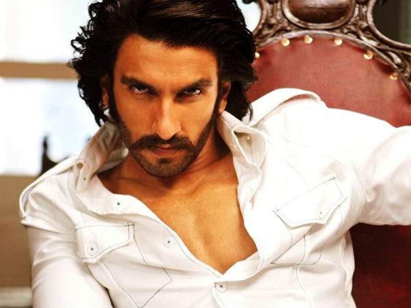 Actor Ranveer Singh recreate SRK's 'DDLJ' train stunt