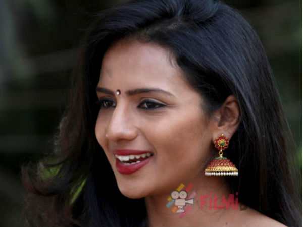 Sruthi Hariharan has filed a police complaint against unknown culprits