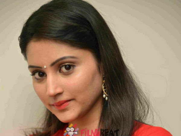 Actress Akanksha as Blind Girl in her Next Movie