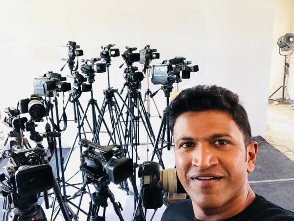 Is Puneeth Rajkumar playing Reporter role in Nata Sarvabhauma.?