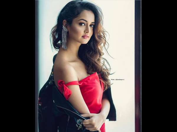 Shanvi started campaigning against the use of plastic