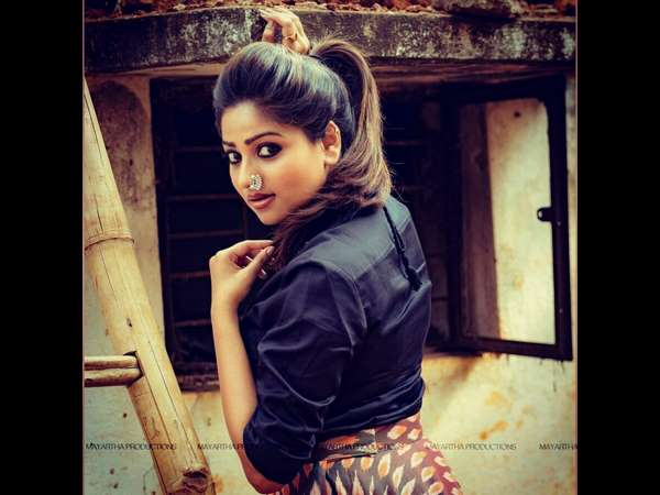 Rachita Ram played cricket at the I Love You cinema set