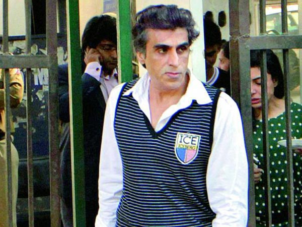 Chennai Express Producer Karim Morani alleges woman