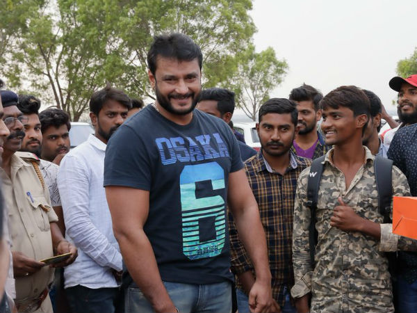 darshan requested his fans to donate food products