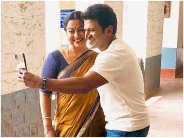 ರಾಧಿಕಾ ಶರತ್ ಕುಮಾರ್ ಜೊತೆ ಸೆಲ್ಫಿ ತೆಗೆದುಕೊಂಡ ಪುನೀತ್