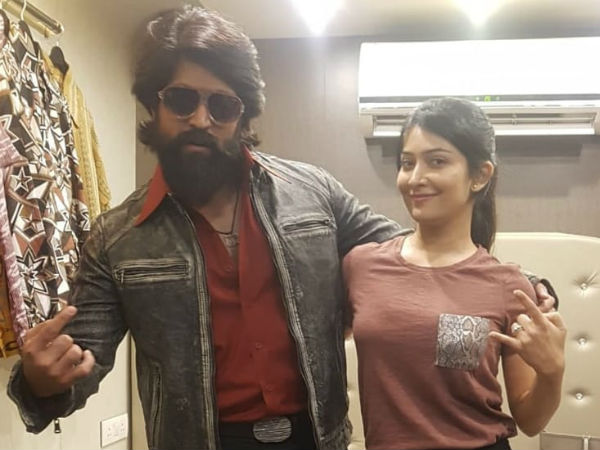 radhika pandit saved yash mobile number as dolla