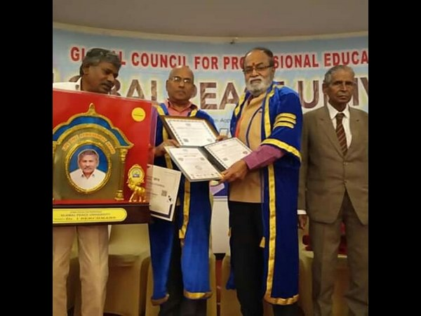 actor srinivasa murthy honored with doctorate