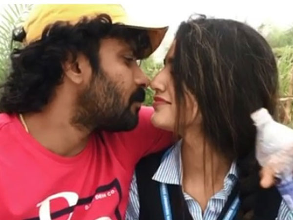 Priya prakash varrier and sinu sidharth kissing video