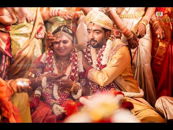 'ನನ್ನ ಮಗಳ ಮದುವೆ' : ಕ್ರೇಜಿ ಸ್ಟಾರ್ ಪುತ್ರಿಯ ವಿವಾಹದ ವಿಡಿಯೋ ಪ್ರಸಾರ