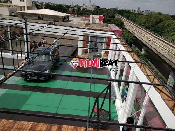 'ರೆಮೋ' ಚಿತ್ರಕ್ಕಾಗಿ ನಿರ್ಮಿತವಾಗಿದೆ 1 ಕೋಟಿ ವೆಚ್ಚದ ದುಬಾರಿ ಸೆಟ್