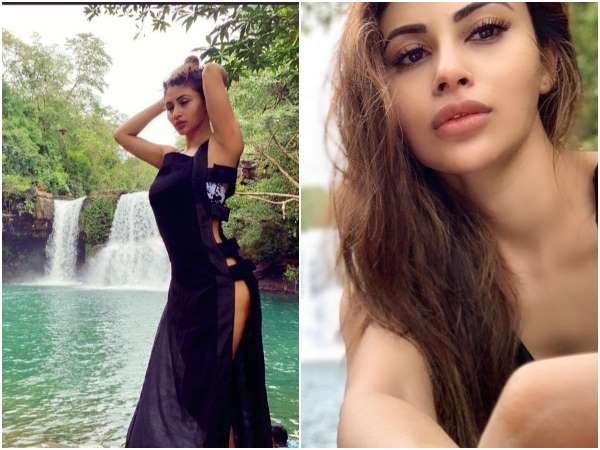 KGF Movie Fame Bollywood Actress Mouni Roy Hot Photo Viral In Social Media
