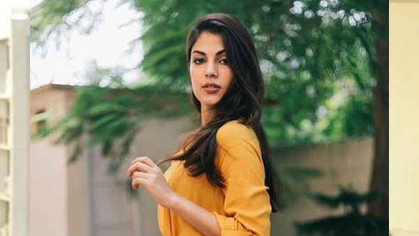 Rhea Chakraborty Lawyer Says Rhea Is Ready To Take Blood Test