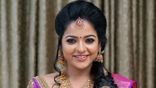 Actress Kavya To Replace VJ Chitra In Pandian Stores?