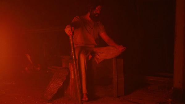 ಕೆಜಿಎಫ್ ಟೀಸರ್ಗೂ ಮೊದಲೇ ಕುತೂಹಲ ಹೆಚ್ಚಿಸಿದ ಪ್ರಶಾಂತ್ ನೀಲ್