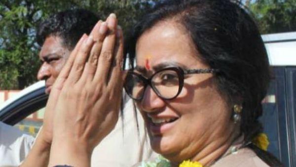 ಸ್ವಂತ ಹಣದಲ್ಲಿ ಆಕ್ಸಿಜನ್ ಪೂರೈಕೆಗೆ ಮುಂದಾದ ಸುಮಲತಾ ಅಂಬರೀಶ್