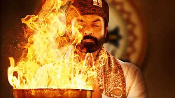 'ಆಶ್ರಮ್ 3' ಸೆಟ್ ಮೇಲೆ ಭಜರಂಗ ದಳ ದಾಳಿ, ನಿರ್ದೇಶನಕನಿಗೆ ಮಸಿ