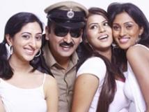 http://kannada.filmibeat.com/img/2009/02/20-venkata-in-sankata1.jpg