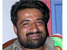 http://kannada.filmibeat.com/img/2009/04/16-mahesh-sukhadhare1.jpg