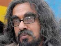 http://kannada.filmibeat.com/img/2009/07/23-b-suresh1.jpg