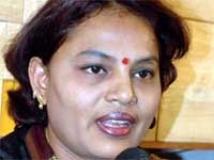 http://kannada.filmibeat.com/img/2010/03/03-nurse-jayalakshmi1.jpg