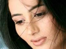 https://kannada.filmibeat.com/img/2010/05/31-urvashi-solanki2.jpg