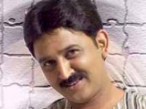 http://kannada.filmibeat.com/img/2010/08/11-ramesh-aravind1.jpg