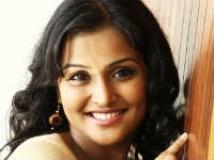 https://kannada.filmibeat.com/img/2011/04/19-remya-nambeesan1.jpg